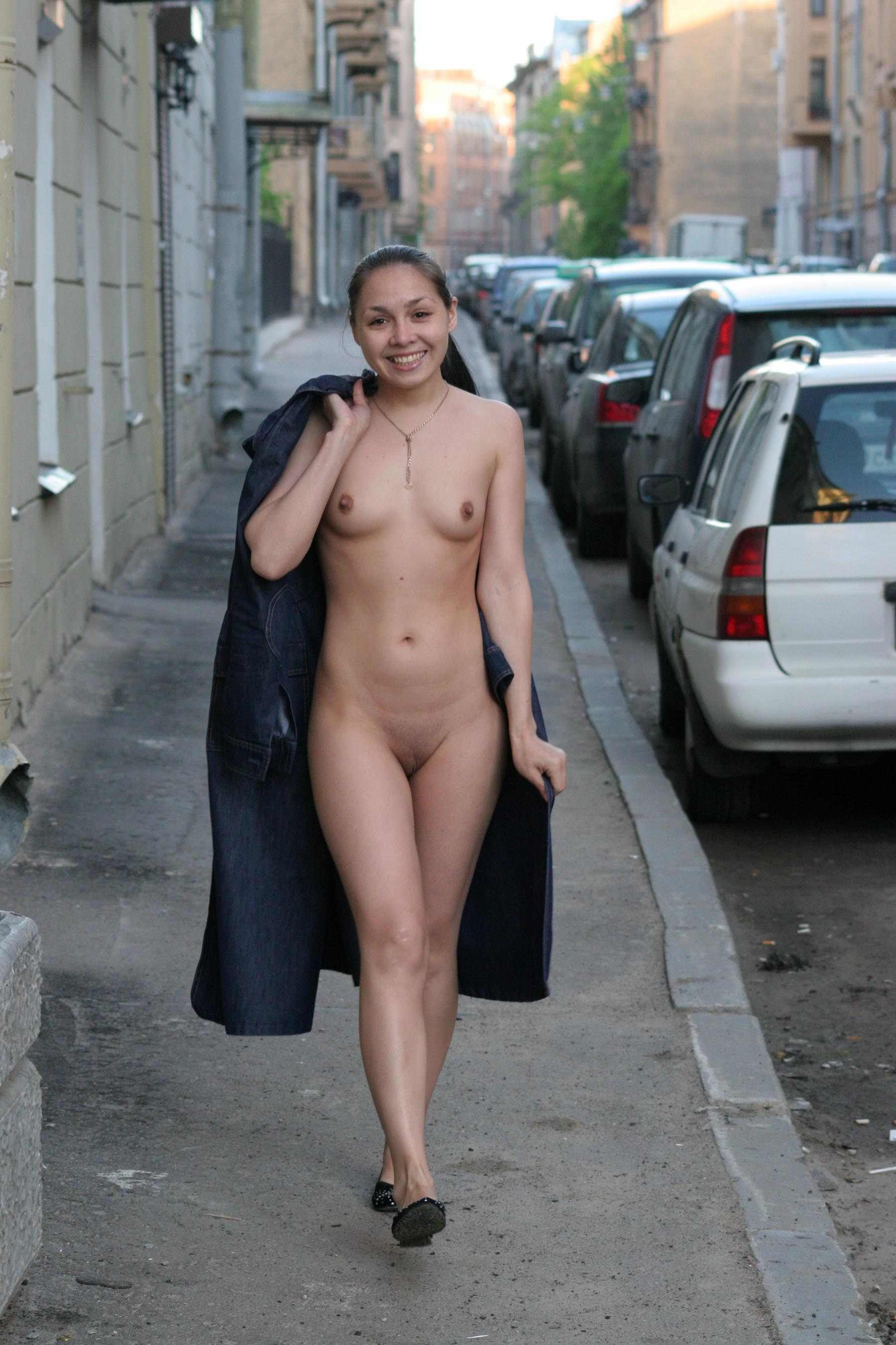 Nude in the city phrase simply