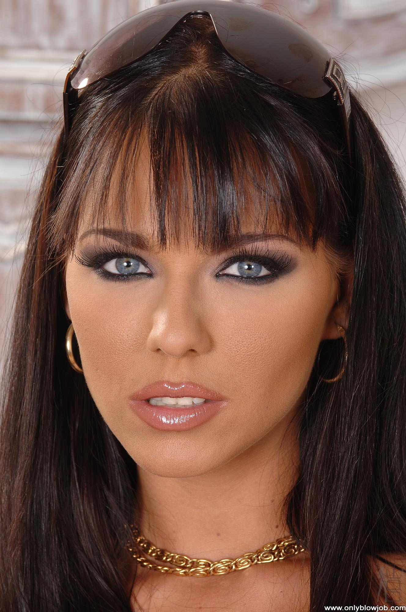 Simony Diamond nude 309
