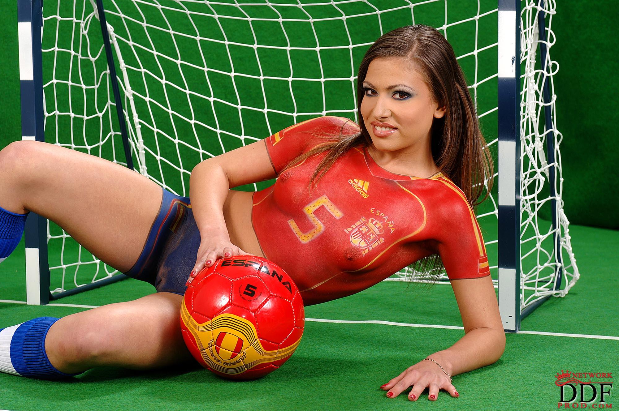 Эротика испания смотреть онлайн 15 фотография