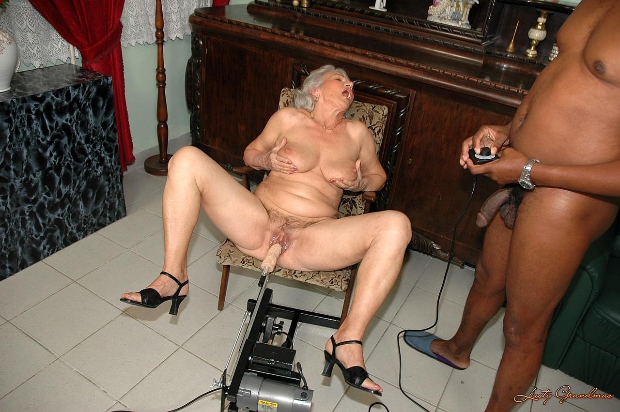 Лет назад порно массаж старушек сердита