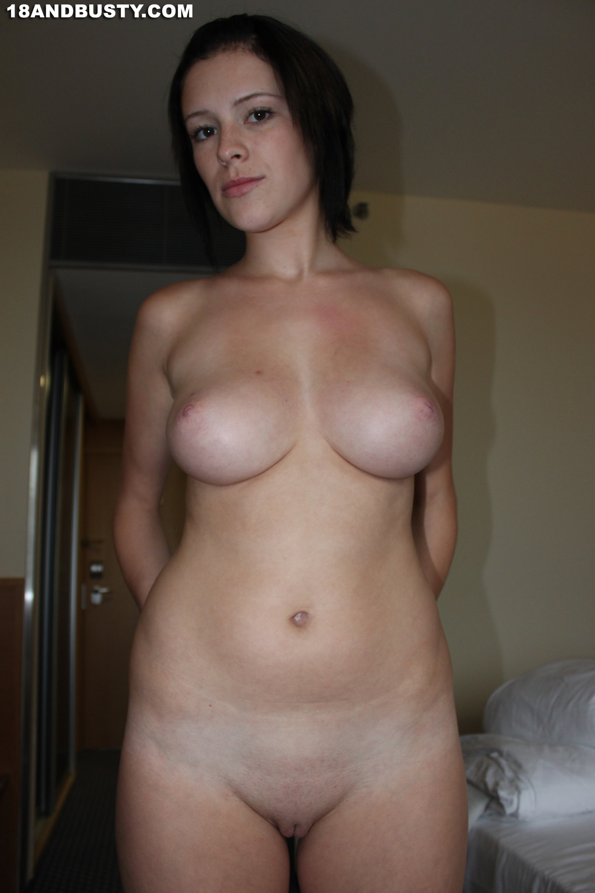 CAN free nudist amateurs the