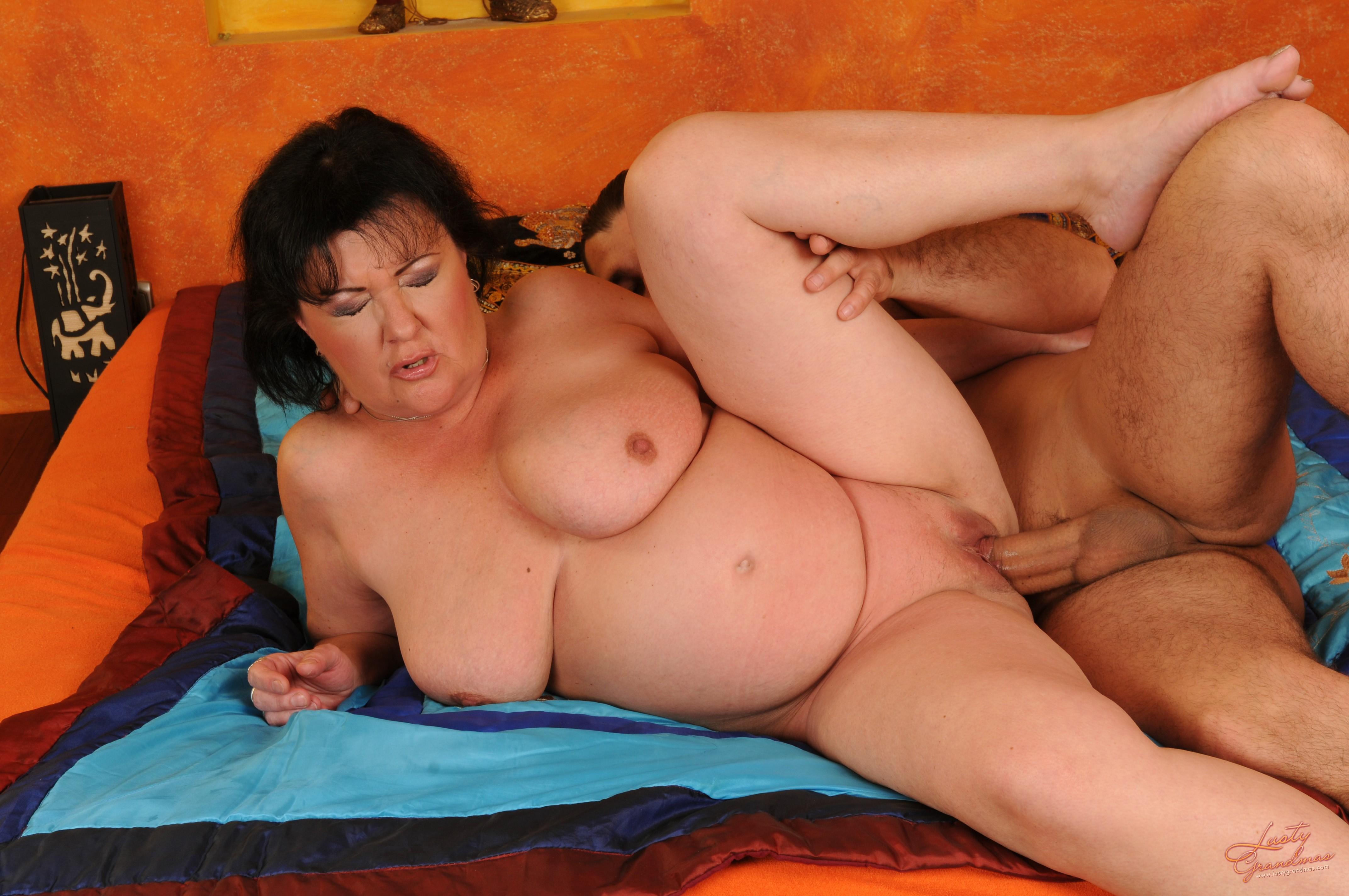 Asian incest mom 6 фотография