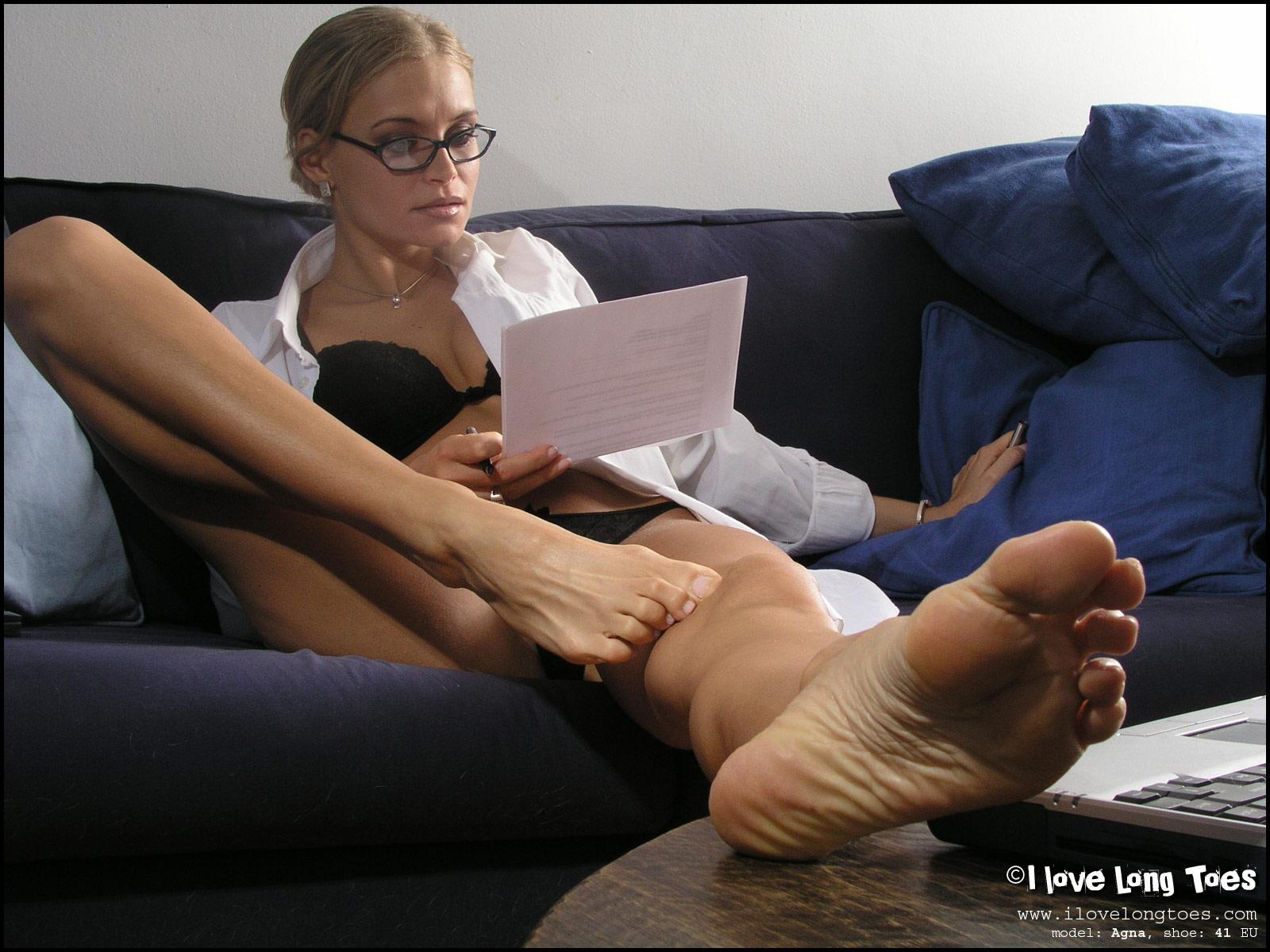 порно видео фетиш женских ног