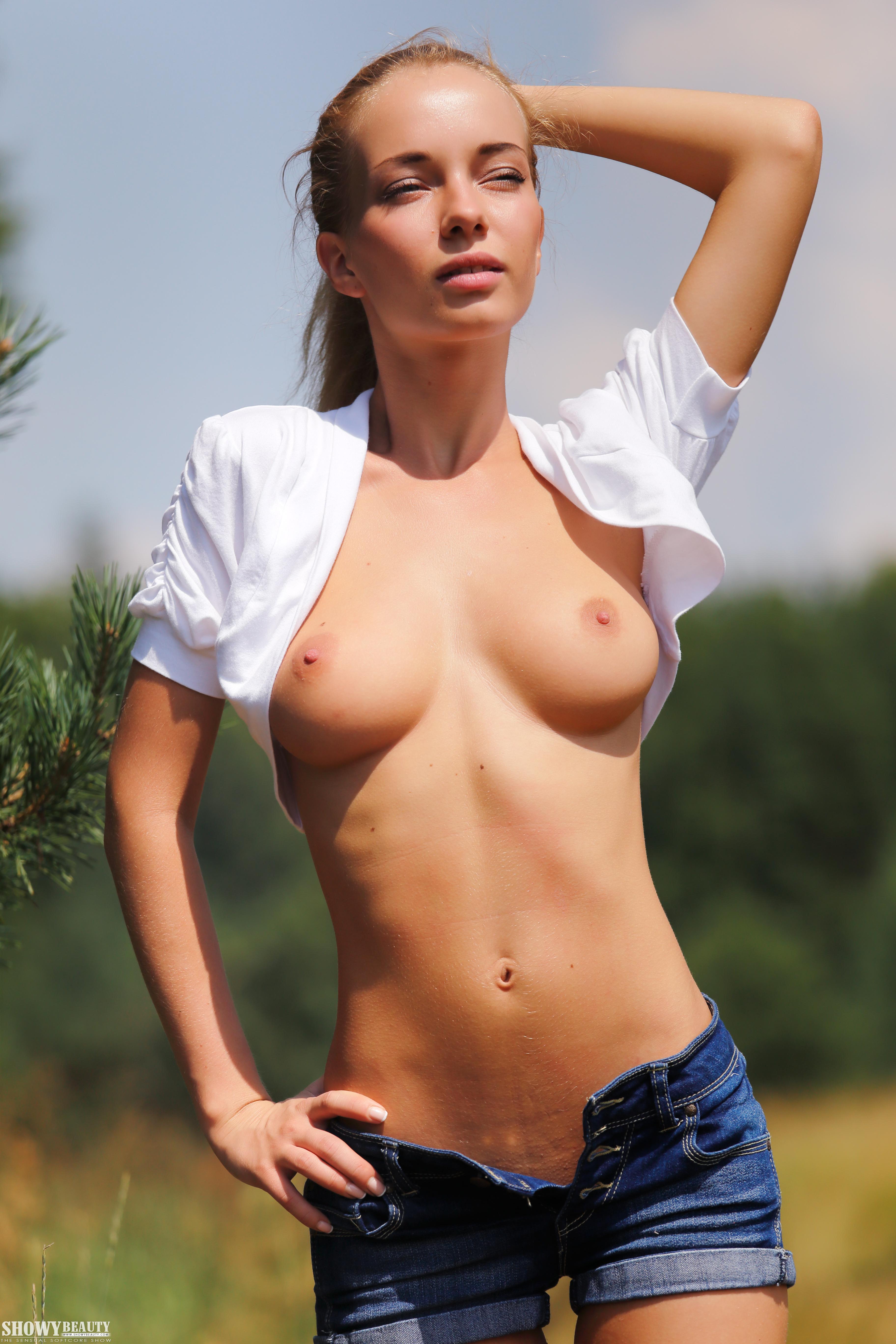 Sexy israeli girls nude